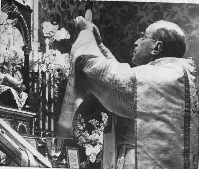 Pio-XII-1